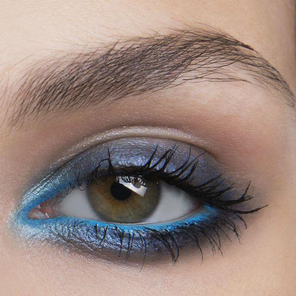 Elie+Saab:Dramatische+Smokey+Eyes+in+Dunkel-+und+Azurblau