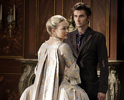 Le Docteur et Mme de Pompadour. robe a plis wateau