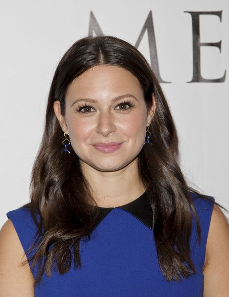 Katie Lowes attends the 2015 Media Access Awards