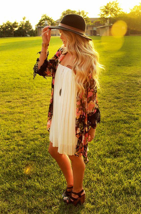 Cara Loren- Shine Bangles http://www.pbj-shop.com/amy-waltz-designs-shine-bangle-set-p-2434.html