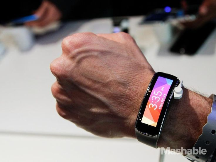 Samsung's smartwatch/ smart band combo, the Gear Fit.