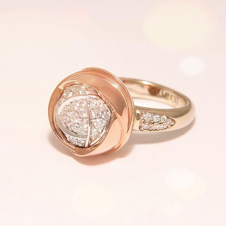 Реплика Damiani Damiani ring Bocciolo кольцо-бутон.  Белое и розовое золото 750 пробы, бриллианты. Вес 14гр. Ручная работа. Пожизненная гарантия. Обращайтесь ☎ 066 4989399 Viber Также изделия любой сложности под заказ ddm.kiev.ua