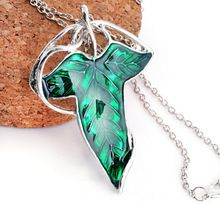 2015 New Design Lord elven Green Leaf Elven Brooch Pin Pendant With Chain Wholesale Chains Fan Gift Movies Jewelry Free shipping(China (Mainland))