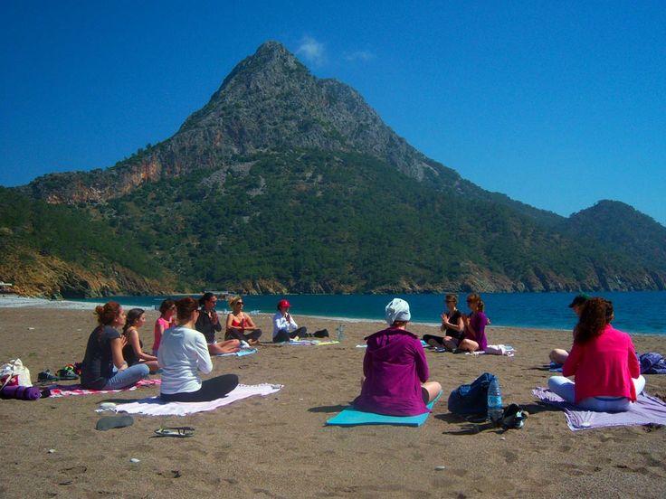 Haydi Cennet'e Yoga Yapmaya!!!  Adrasan'da Yoga İnziva Kampı 15 - 19 Mart 2017  www.kucukoteller.com.tr/tatil-firsati-adrasan-da-yoga-inziva-kampi-15-ve-19-mart-2017-tatil-firsati967