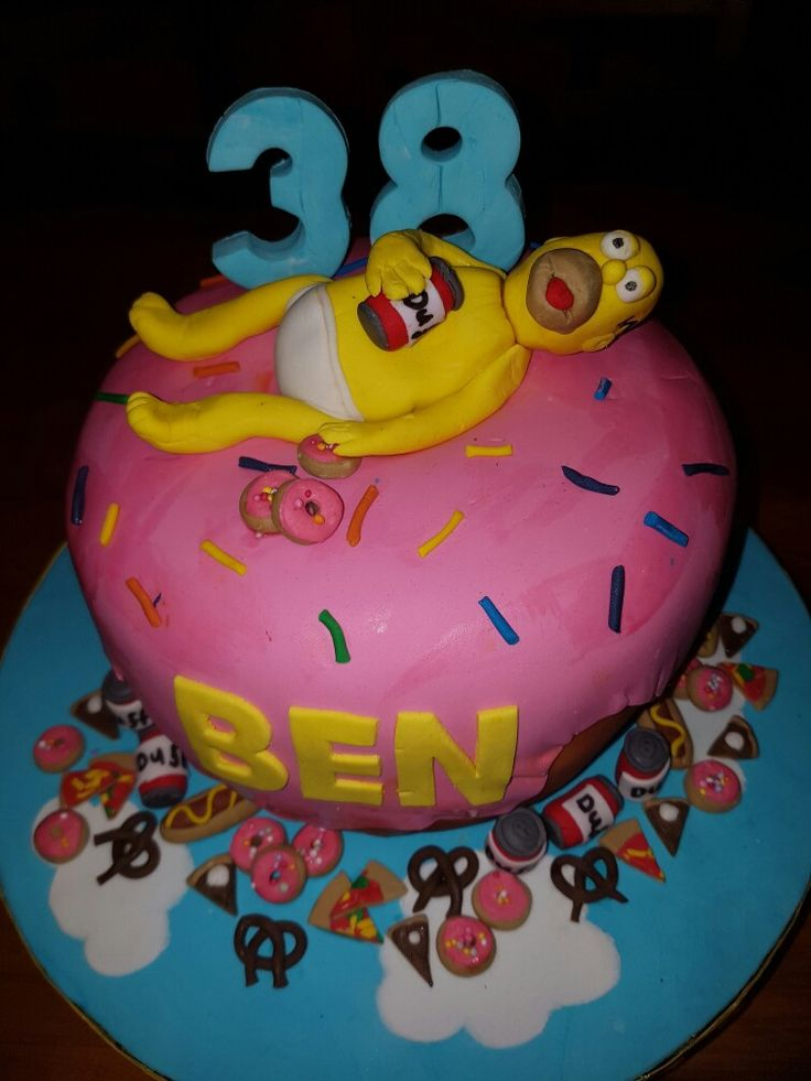 Simpsons doughnut cake
