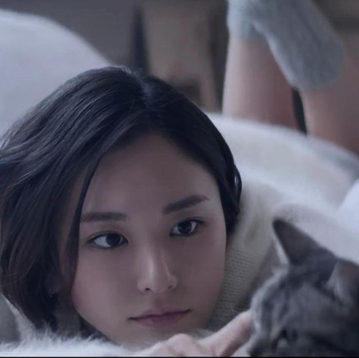 いいね!1,162件、コメント10件 ― 結衣ちゃんさん(@gakkigazonochannel)のInstagramアカウント: 「#新垣結衣 #ガッキー #カワイイ #世界猫の日」