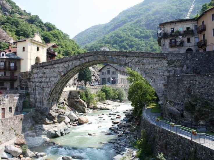 Ponte Romano di Pont Saint Martin