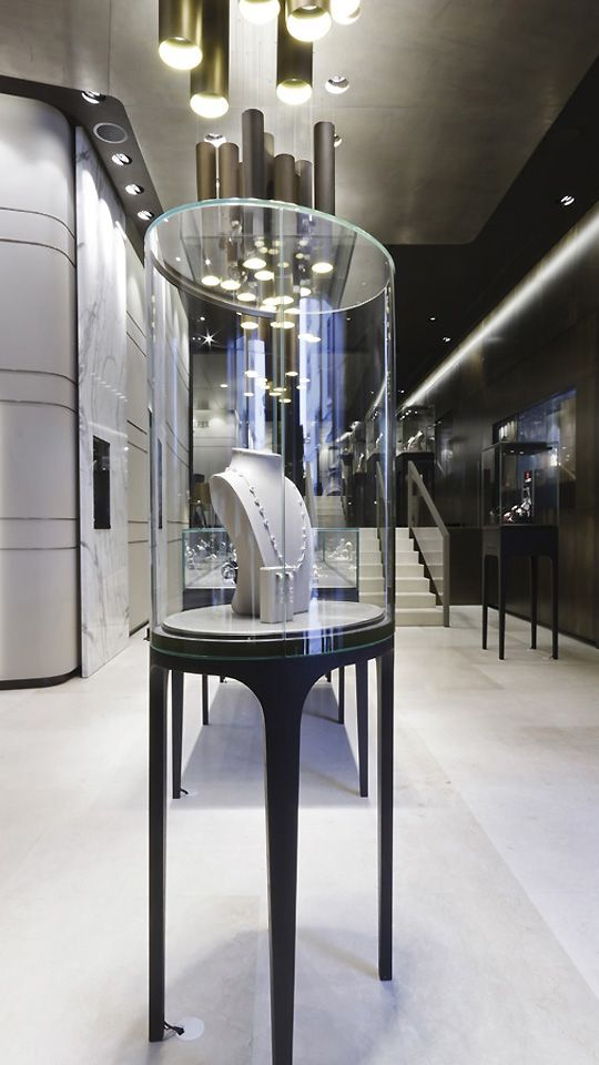 Island display showcase of bucherer store by blocher for A good jewelry store