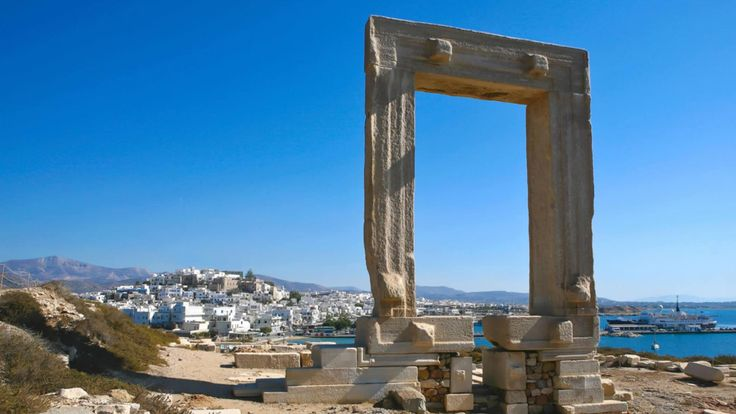 The giant marble gate of Portara in Naxos island <3 :)