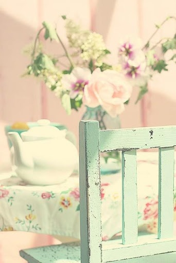 Beautiful pastel colors! Great Farmhouse accent color.