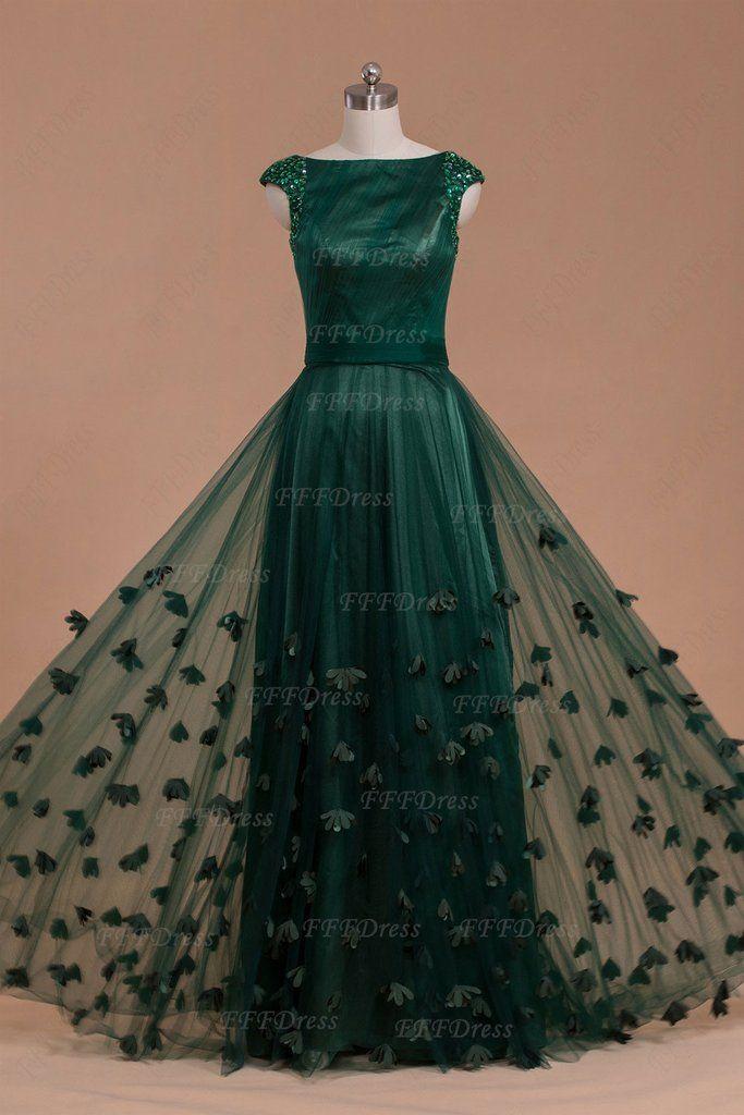 1000 Ideas About Green Long Dresses On Pinterest Cape