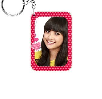 Your key chains with your photographs! Isn't it amazing ? Shop now-->  http://www.printvenue.com/c/key-chains?utm_source=Pinterest&utm_medium=Post&utm_campaign=Keychains_12Feb14