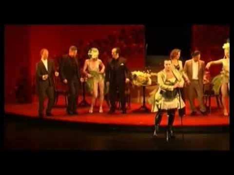 """Acis und Galatea - Oper von Georg Friedrich Händel  Erste Premiere der Saison im Stadttheater Fürth: Den antiken Stoff von der Nymphe Galatea und dem Schäfer Acis nach den """"Metamorphosen"""" des Ovid komponierte Händel nicht weniger als dreimal. Überaus populär war die englische Fassung von 1718 die er als Masque für eine Privataufführung auf dem Gut eines Grafen in Cannons schrieb. Die Masque an den englischen Höfen war ein überaus beliebtes Gesellschaftsspiel mit maskierten Darstellern Tänzen…"""