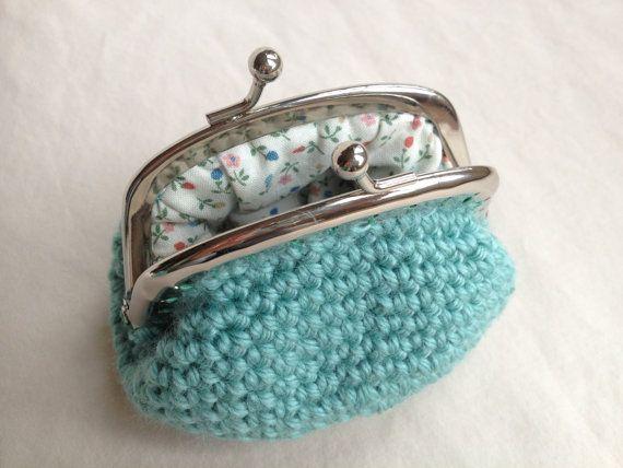 Crochet Pattern Kisslock Coin Purse por MakerMama en Etsy