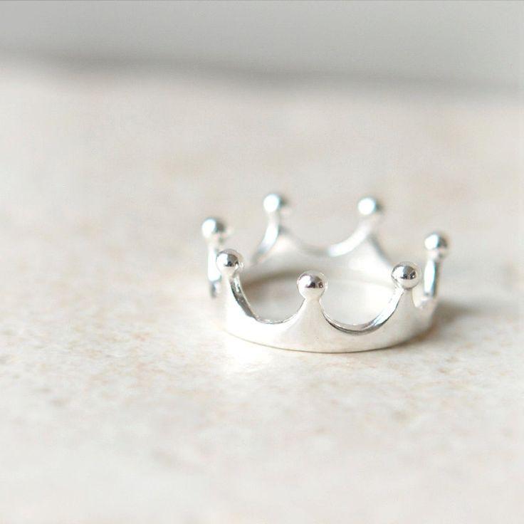 sale simple crown ring in sterling silver