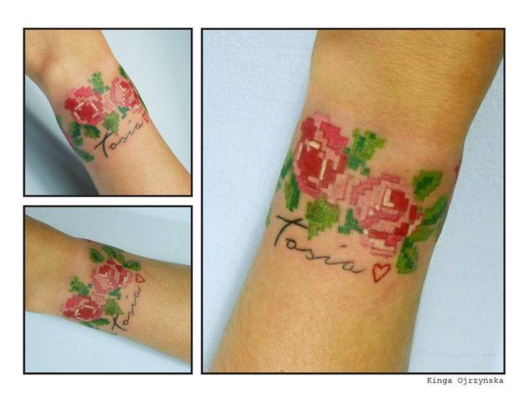 Redberry Tattoo Studio Wrocław #tattoo #inked #ink #studio #wroclaw #warszawa #tatuaz #gdansk #redberry #redberrytattoostudio #katowice #berlin #poland #krakow #kraków #kinga #ojrzynska #kingaoj #graphic #haft #wyszywanka #roza #rose #flower