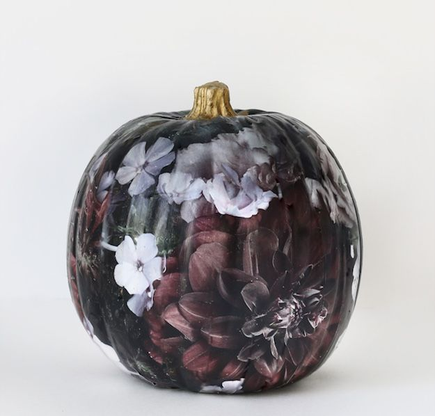 breathtaking painted pumpkins you can make yourself this halloween