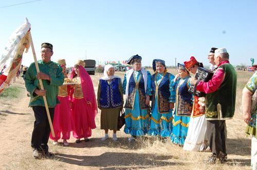 Возрождение калмыцкого сценического национального костюма