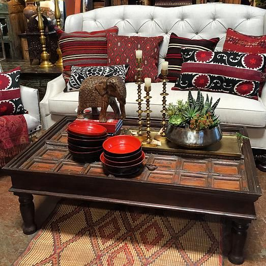 Tierra Del Lagarto Is Furniture Store In Scottsdale With Over Square Feet  Of Accessories, Lighting And Furnishings For Your Home.