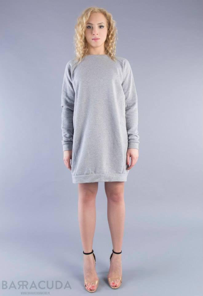 Na zdjęciu: - Szara sukienka ze ściągaczem #barracudawear http://www.barracudawear.pl/basic/sportowa-sukienka-dresowa/