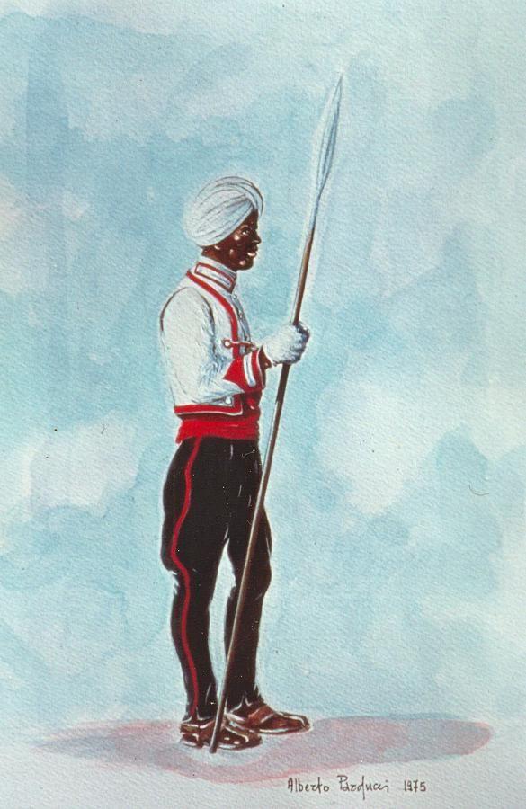 Regio Esercito - Truppe Coloniali dell'A.O.I. - Zaptiè dello Squadrone Eritreo di Scorta Vicereale in grande uniforme.