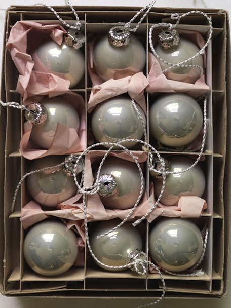 Gray ornaments: Christmasdecor, Ball, Glasses, Soft Colors, Pale Pink, Vintage Ornaments, Holidays, Christmas Decor, Vintage Christmas Ornaments