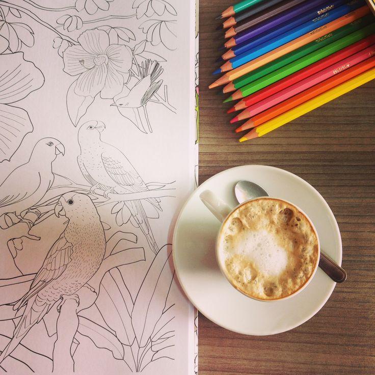 Mais cor, por favor. Café Arte