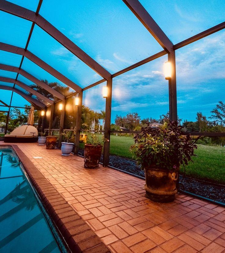 Landscape Lighting In Florida Lanai Lighting Pool Enclosure Lighting Florida Lanai