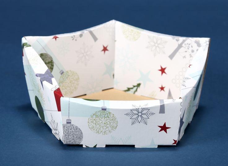 Kosze prezentowe z motywem świątecznym na Boże Narodzenie 6