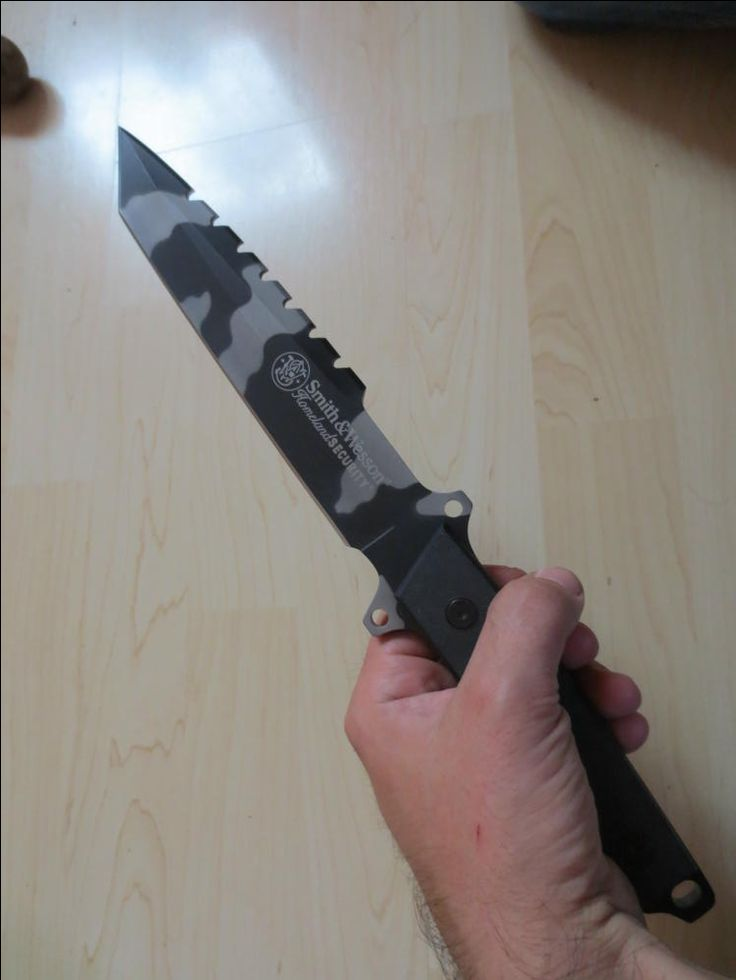 Smith & Wesson Kampfmesser, camo / mehr Infos auf: www.Guntia-Militaria-Shop.de