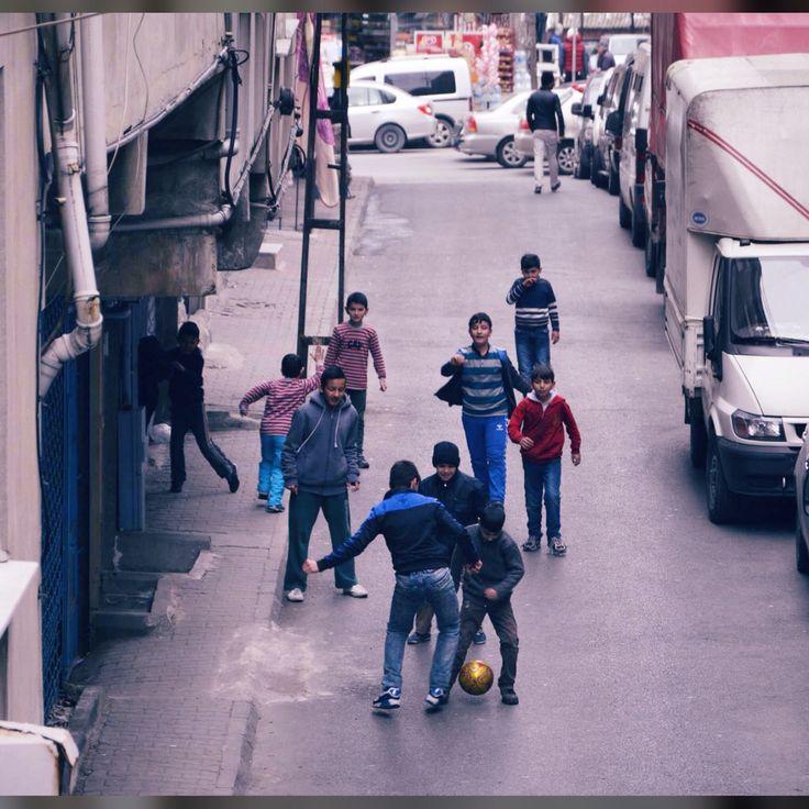 Sokaklar hep sizin Kalsın #çocuk #sokak