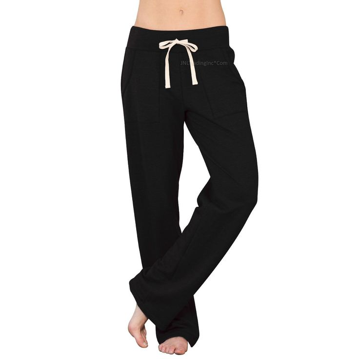 Whether you're running, working out or just relaxing, these straight-leg fleece pants will keep you going in comfort. - Classic silhouette - Ultra-soft fleece fabric - Straight leg pant fit - Sizes: S