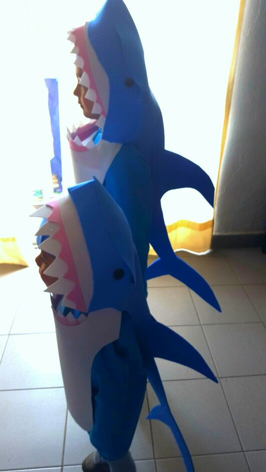 Shark costume Disfraz de tiburon DIY