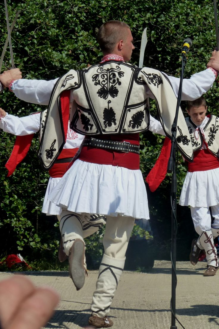 Traditional costume from Pirin (Bulgarian Macedonia). Clothing style: early 20th century. These are recent workshop-made copies, as worn by folk dance groups.