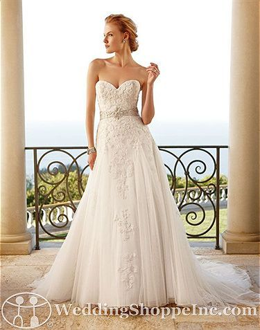 Casablanca Bridal Gown 2053 Tulle, sweet heart, A-Line, flourishes, strapless, chapel train, romantic wedding, and traditional nuptials.