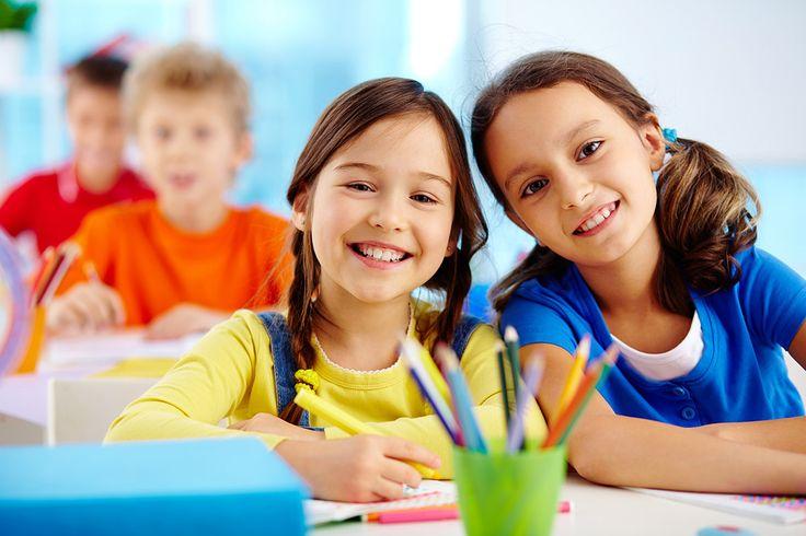 Las vacaciones están a punto de acabar, así que es hora de reforzar los hábitos saludables que pueden ayudar a tu hijo en la escuela; uno de ellos, la alimentación. Y es que, según los especialistas, una mala nutrición puede traducirse en un pobre desempeño escolar.
