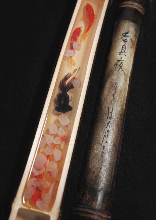 Amazing ! This art was drawing on acrylic resinる 樹脂作品 - 金魚養画場 - 美術作家 深堀隆介 オフィシャルサイト
