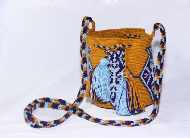 Small Hand-Woven Artesinal Colombian Wayuu Bag (Goldenrod/Powder-Blue/Indigo) - Bacano Bags and Hats