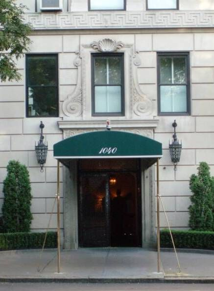 Jackie's Upper East Side apartment at 1040 Fifth Avenue