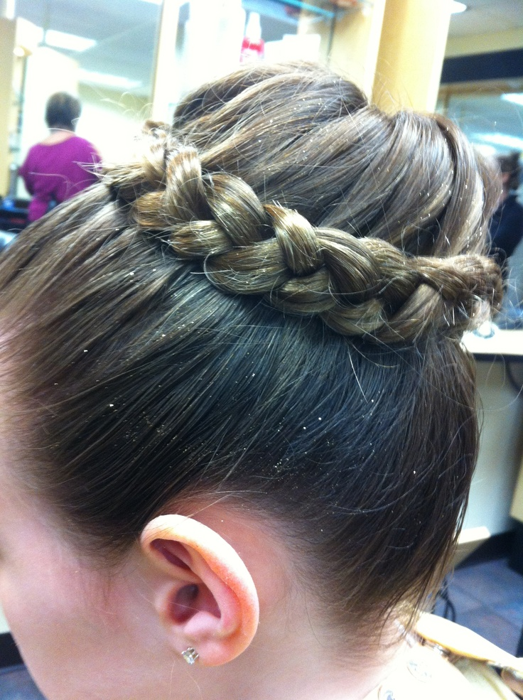 Dance bun. Need to do these for ballet   Dance hairstyles ...