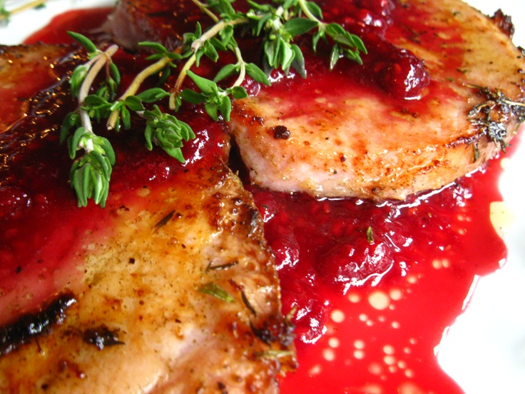 Pork chops with raspberry sauce and thyme