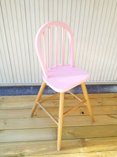 Inspired by dip dye I painted a toddler chair partually pink