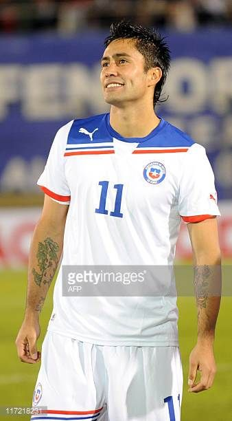 Chile's national football team player Luis Jimenez before their friendly match against Paraguay in Asuncion on June 23 2011AFP PHOTO Pablo Burgos