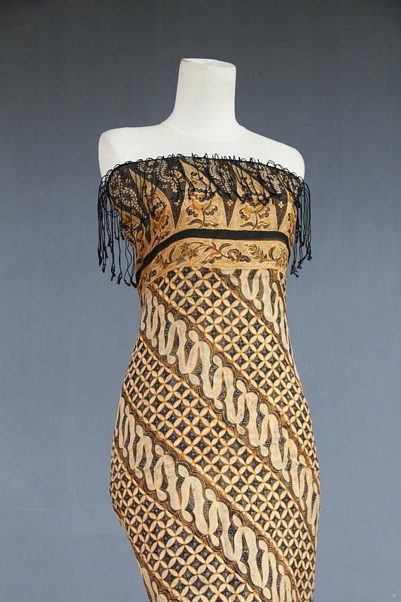 Shawl Silk 1980 wrap dress Handpainted light sarong Indonesian
