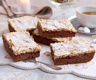 Das Rezept für Lebkuchen-Schnitten mit Himbeer und Baiser und weitere kostenlose Rezepte auf LECKER.de