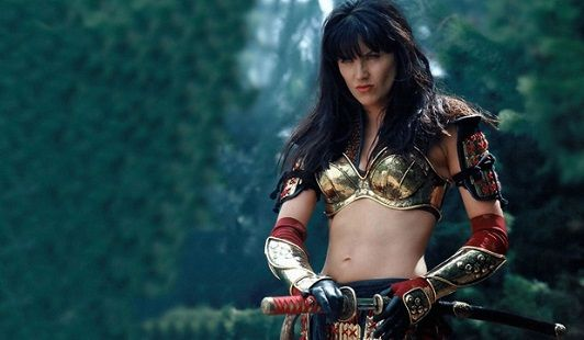 TV: Lucy Lawless will hunt Ash in The Evil Dead series 'Ash vs ...