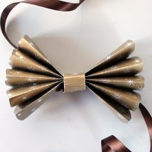 Inspirational Crafts - New Year's Bow Tie
