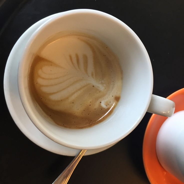 SVEGLIA E CAFFFFEEEEEE!!!! ⏰☕️⏰☕️⏰☕️⏰☕️⏰☕️ #goodmorning #goodmorningpost #getup #alarm #coffee #coffeedream #coffeestyle #caffeine #bre#bre#breakfastlover