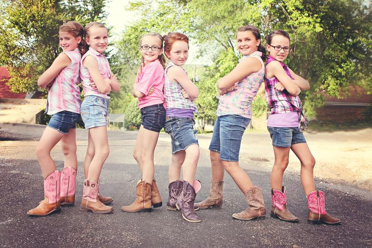 These best friends all got together for a Diva Birthday party.  They got their hair and nails done and then had their photo shoot.  The girls later got to have fun at the county fair!  So much fun to be a part of.   Friends, Best Friends, Tweens, Teens, Children, Kids, Boots, Country, Fun, Photography
