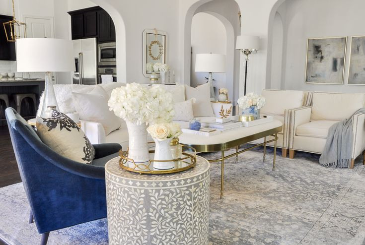 25 Years Of Beautiful Living Rooms: Best 25+ Blue Velvet Chairs Ideas On Pinterest